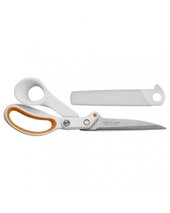 Amplify 24 cm scissors with protective cover